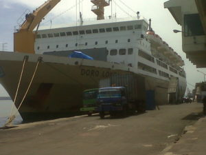 Cargo Via Kapal Laut ke Manado